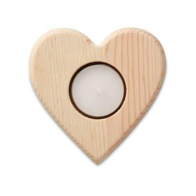 Leseni svečnik v obliki srca